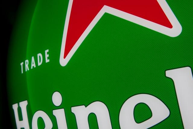branding-signage-heineken-schaal-cu