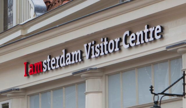 signage-nzhk-visitors-cu
