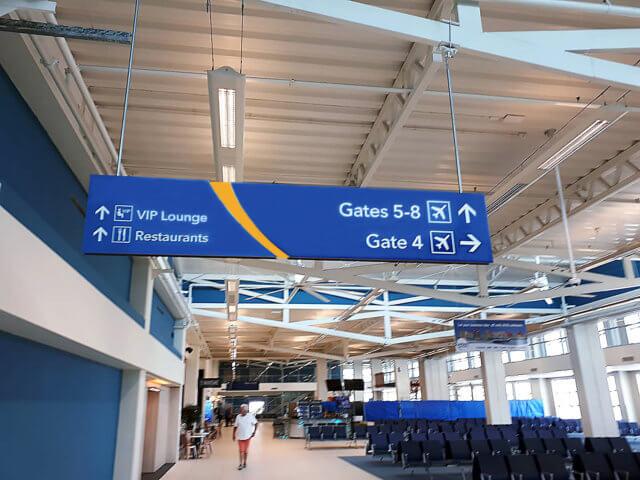 wayfinding-bewegwijzering-curaçao-airport-gate-4-8