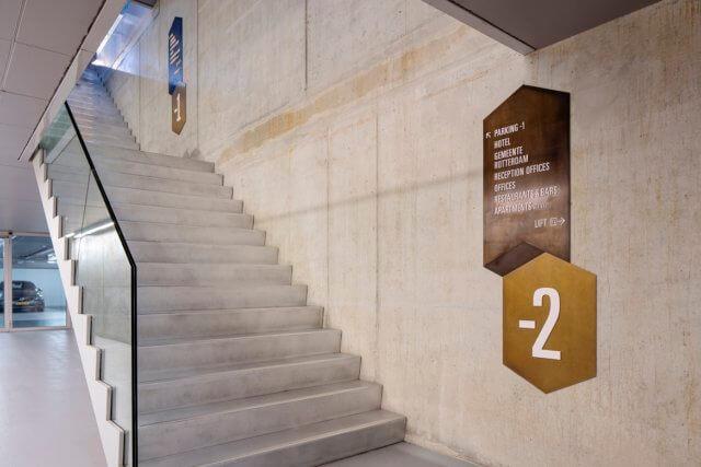 wayfinding-bewegwijzering-derotterdam-trappenhuis-2