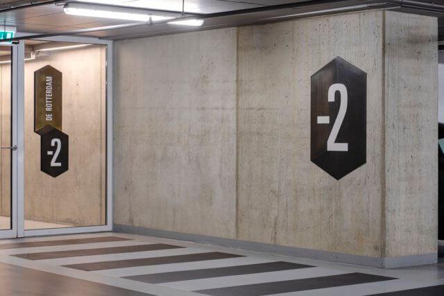wayfinding-bewegwijzering-derotterdam-parkeergarage -2