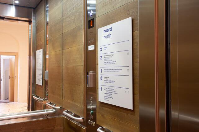 wayfinding-bewegwijzering-scheepvaartmuseum-lift